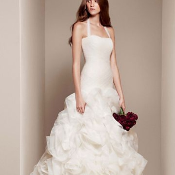 Vera Wang Dresses & Skirts - Vera Wang bridal gown
